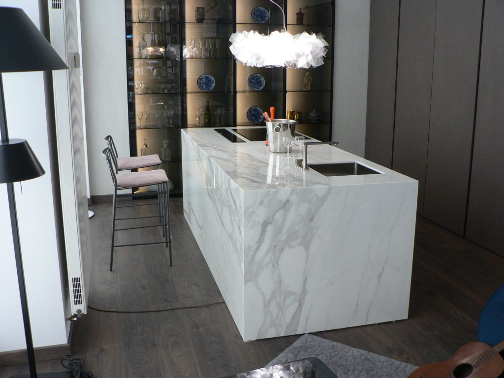 top cucina in neolith estatuario ludico