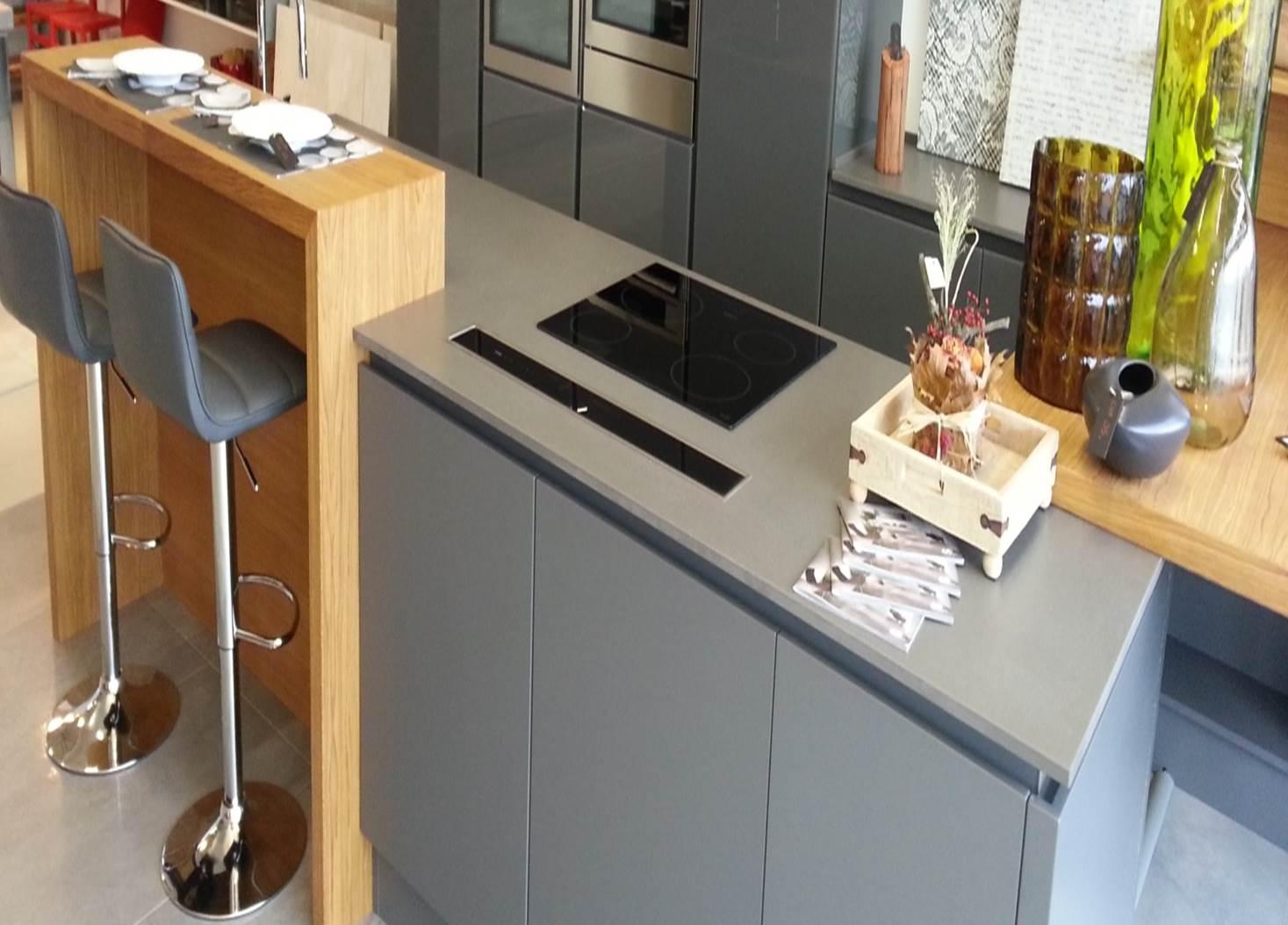 top cucina in agglomerato di quarzo silestone