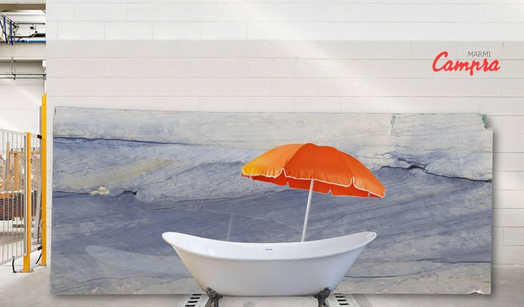 marmo blu con vasca da bagno buone vacanze